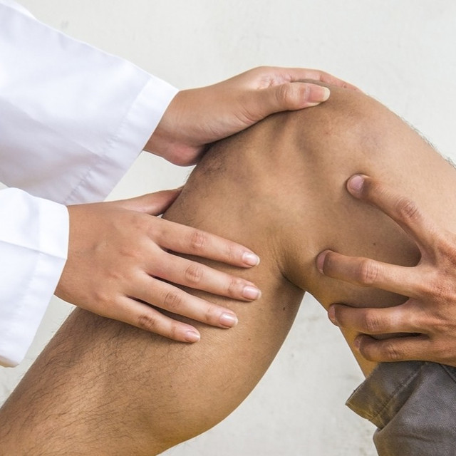 Total Knee Replacement - Knee Replacement   Rothman